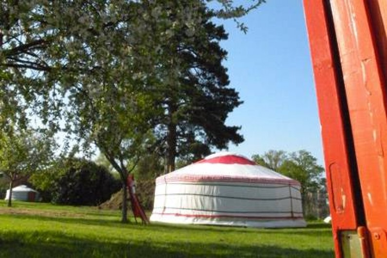 Location de vacances - Camping à Sainte-Eulalie-en-Born - Yourte mongole