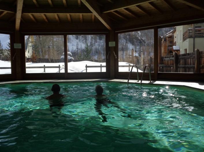 Location de vacances - Appartement à Abries - la piscine