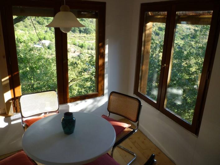 Location de vacances - Gîte à Saint-Privat - salle à manger