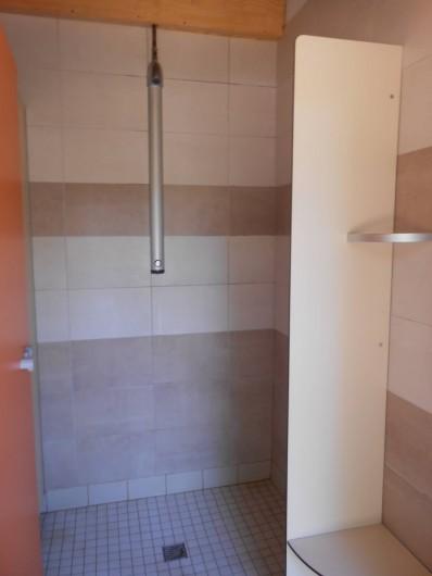 Location de vacances - Yourte à La Grève-sur-Mignon - douches