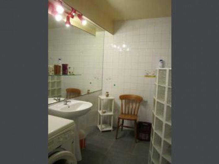 Location de vacances - Gîte à Pirou - la salle de bain