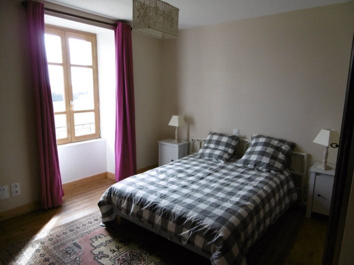 Location de vacances - Gîte à Saint-Chély-d'Aubrac - chambre avec 1 lit en 160/200