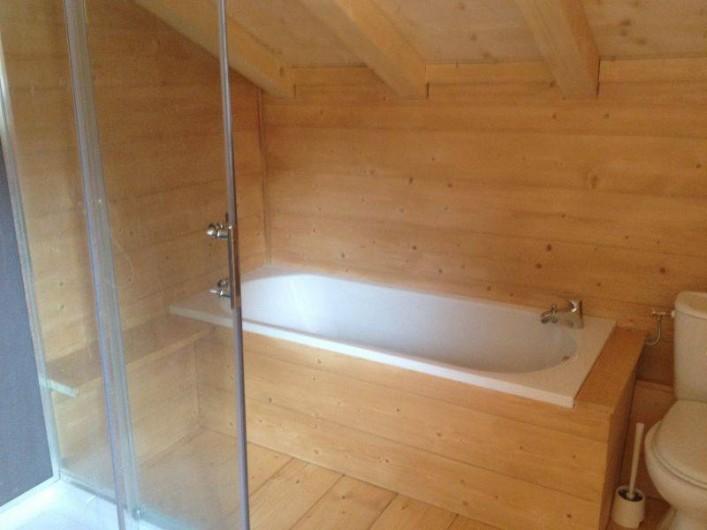 Location de vacances - Chalet à Le Praz de Lys - Salle de bain