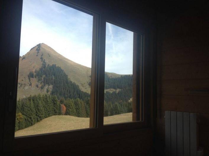 Location de vacances - Chalet à Le Praz de Lys - Vue depuis la chambre 3
