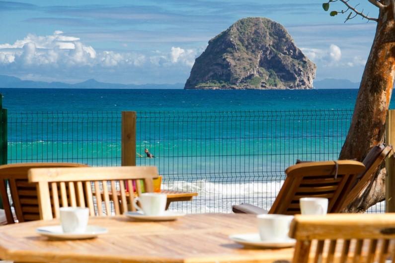 Location de vacances - Villa à Le Diamant - Petit déjeuner face au Rocher