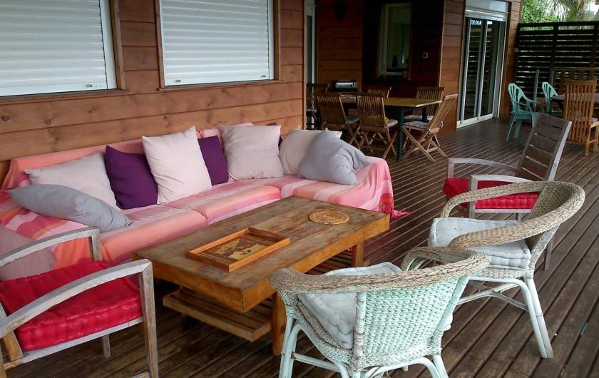 Location de vacances - Villa à Saint-Paul - Salon terrasse