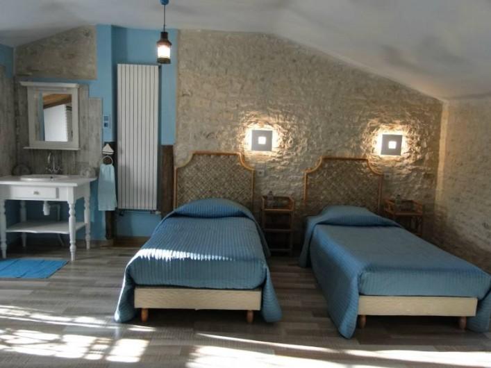 Location de vacances - Chambre d'hôtes à Andilly - La chambre les Embruns : les lits des enfants