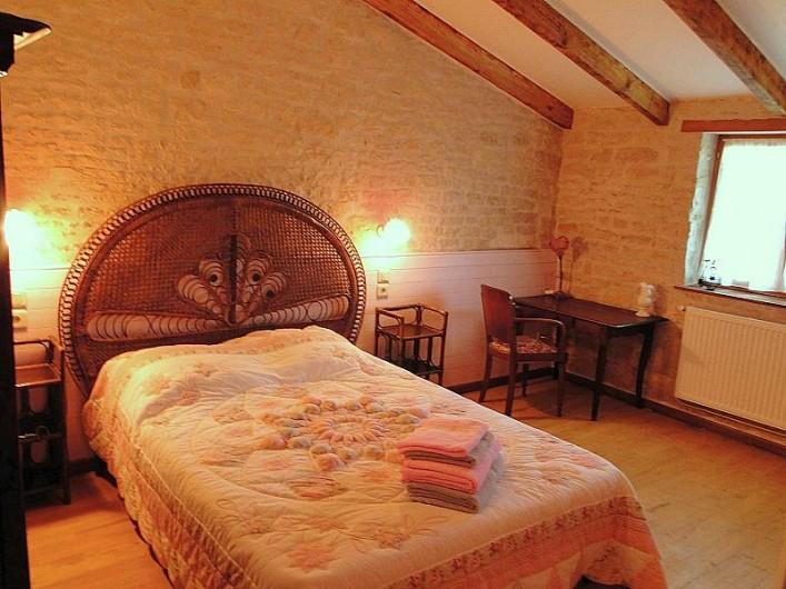 Location de vacances - Chambre d'hôtes à Andilly - La chambre La Rochelle Romantique  à l'ambiance cosy.