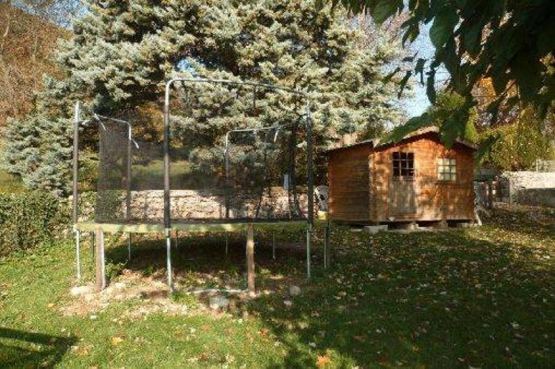 Location de vacances - Gîte à Mirmande - trampoline et pool  house