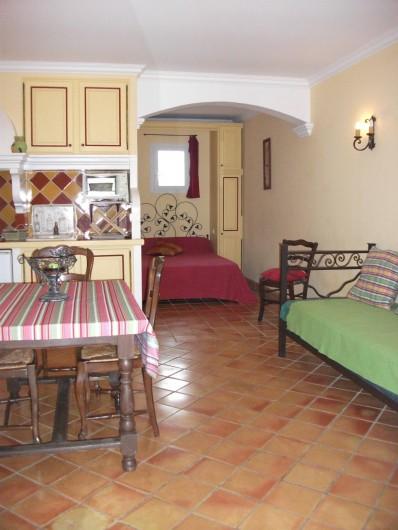Location de vacances - Chambre d'hôtes à Roquebrune-sur-Argens - un studio de 26m2 pour 2 ou 3  personnes