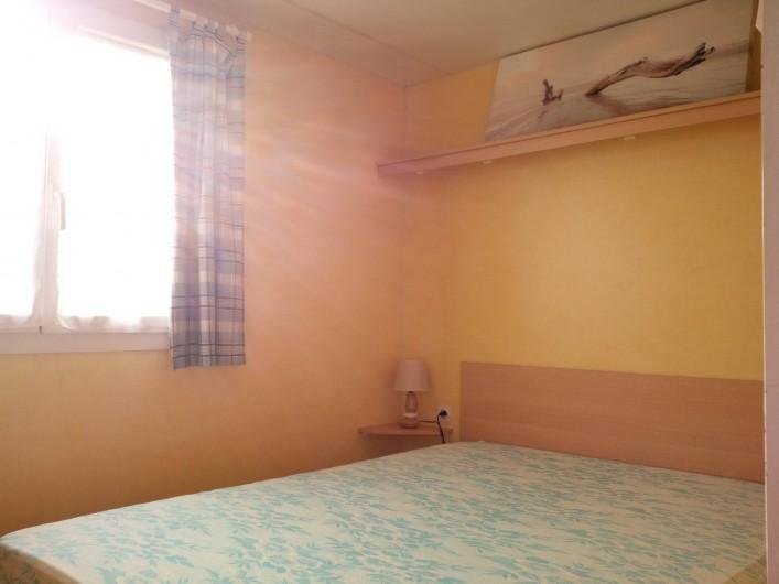 Location de vacances - Bungalow - Mobilhome à Naujac-sur-Mer - Chambres parentale