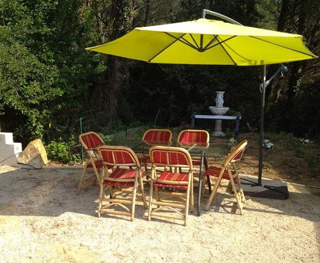 Location de vacances - Gîte à Bagnols-sur-Cèze - terrasse