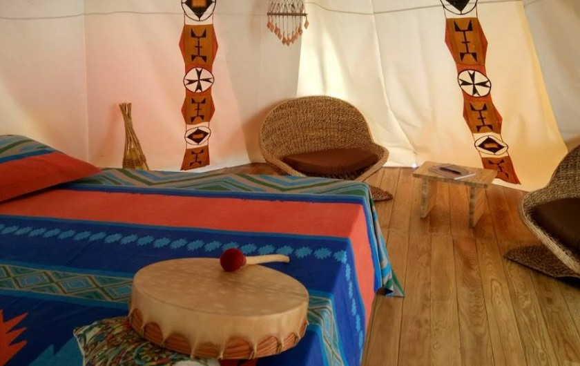 Location de vacances - Chalet à Pointe-Noire - TIPI « La Danse du Tambour »