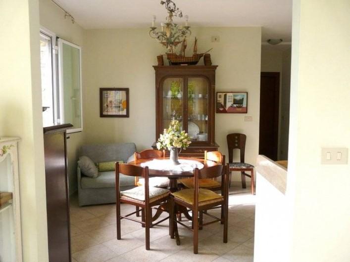 Location de vacances - Gîte à Villa Faraldi - salle à manger Luciana 3