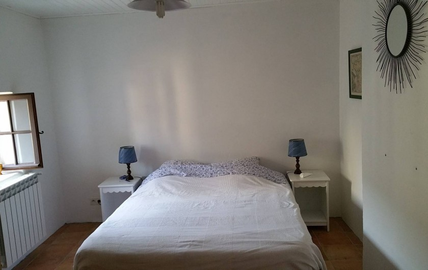 Location de vacances - Maison - Villa à Cornillon - chambre 2 (étage), lit 2 personnes