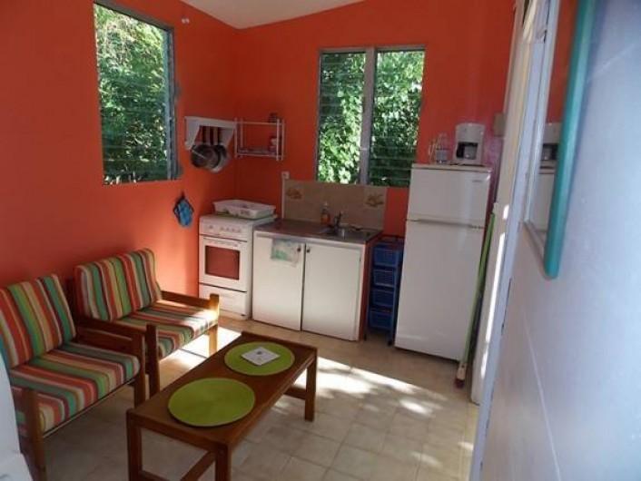 Location de vacances - Bungalow - Mobilhome à Sainte-Luce - SÉJOUR COIN CUISINE
