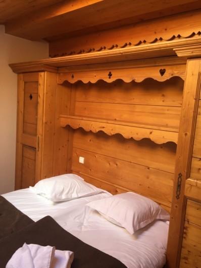 """Location de vacances - Appartement à Arc 1800 - Une des 5 chambres """"chalet"""""""