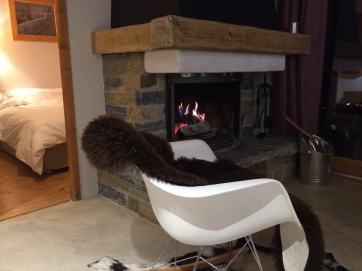 Location de vacances - Appartement à Arc 1800 - Coin cheminée