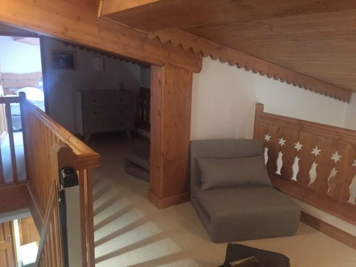 Location de vacances - Appartement à Arc 1800 - Coin télé