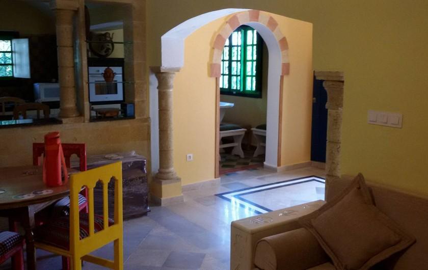 Location de vacances - Villa à Korba - le salon