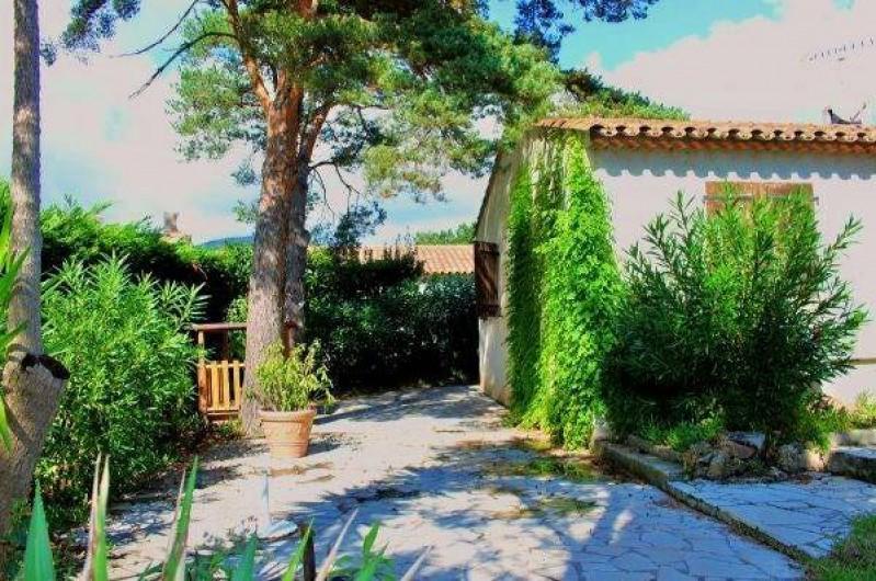 Location de vacances - Villa à Sainte-Maxime - Le jardin