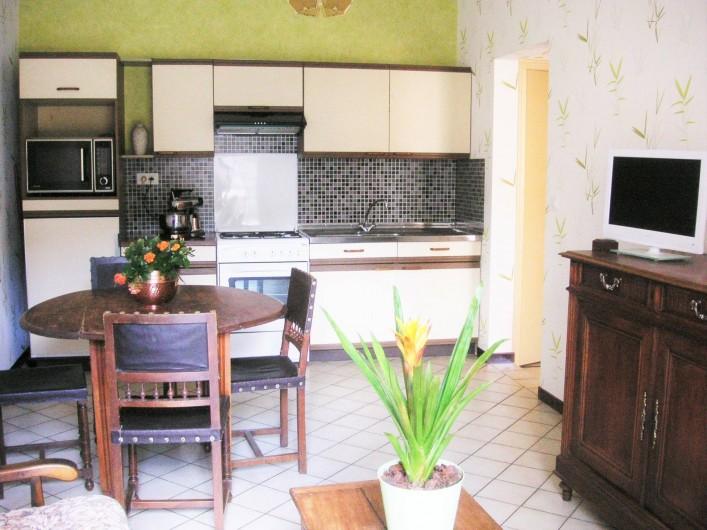 Location de vacances - Appartement à Verneuil-sur-Vienne - Pièce de vie