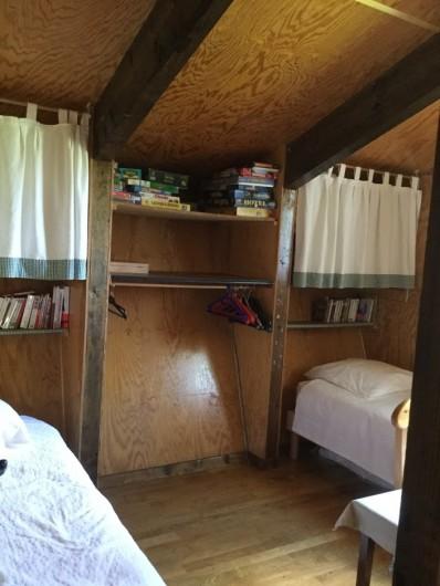 Location de vacances - Chalet à Lans-en-Vercors - chambre enfants