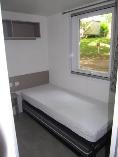 Location de vacances - Bungalow - Mobilhome à Saint-Brevin-les-Pins - Chambre 3, 2 lits simples, gigogne