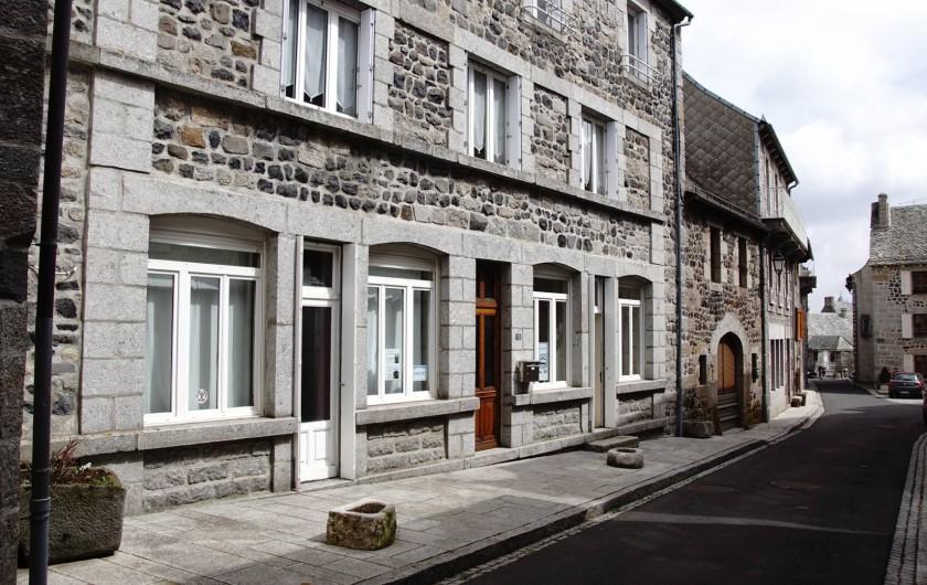 Location de vacances - Chambre d'hôtes à Saint-Urcize - Chez JP : Charmant petit hôtel transformé en 2014 en Maison d'Hôtes.