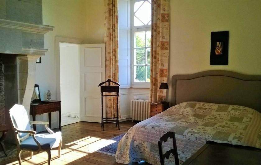 Location de vacances - Château - Manoir à Montreuil-Bonnin - chambre voyages