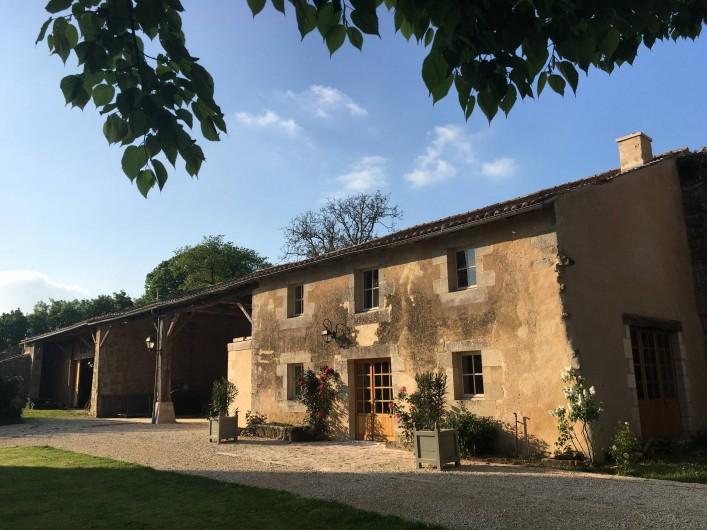 Location de vacances - Château - Manoir à Montreuil-Bonnin - Dépendance (en option)