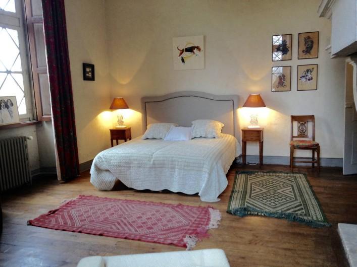 Location de vacances - Château - Manoir à Montreuil-Bonnin - chambre de la chasse
