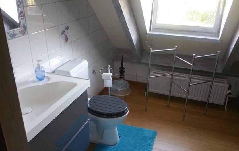 Location de vacances - Villa à Achet - Salle de douche + WC