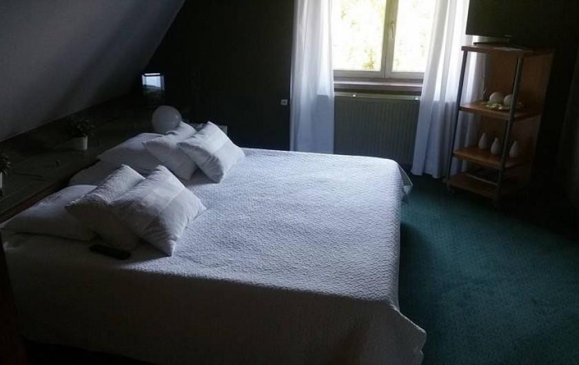 Location de vacances - Villa à Achet - Chbr 3 Lit double 180x200