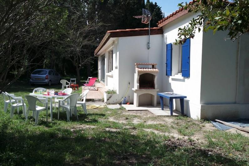 Location de vacances - Villa à Argelès-sur-Mer - Façade côté droit