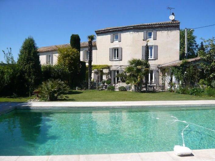 Location de vacances - Chambre d'hôtes à Caumont-sur-Durance - Le Mas du Pré du May