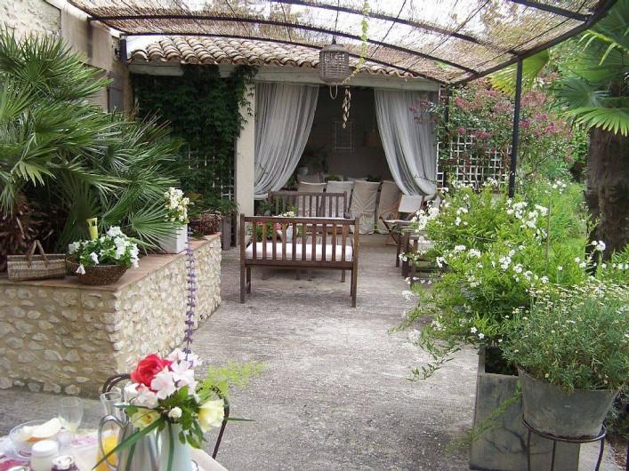 Location de vacances - Chambre d'hôtes à Caumont-sur-Durance - Terrasse