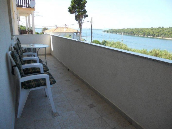 Location de vacances - Appartement à Veli Rat - La terrace APT1