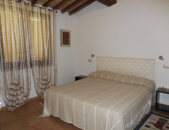 Location de vacances - Appartement à Guardistallo - Chambre à double lit (séparable en 2 lits )