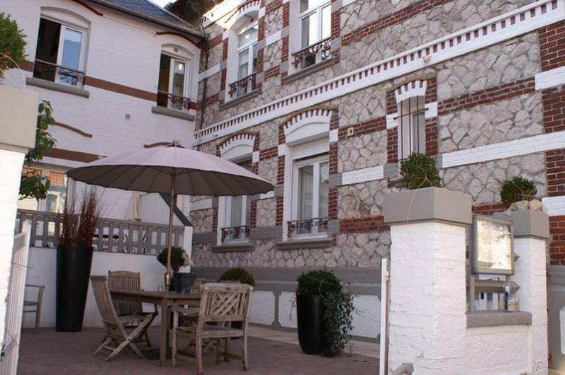 Location de vacances - Appartement à Le Touquet-Paris-Plage - Accueil Cour entrée, pour se rencontrer, boire un verre, discuter etc..