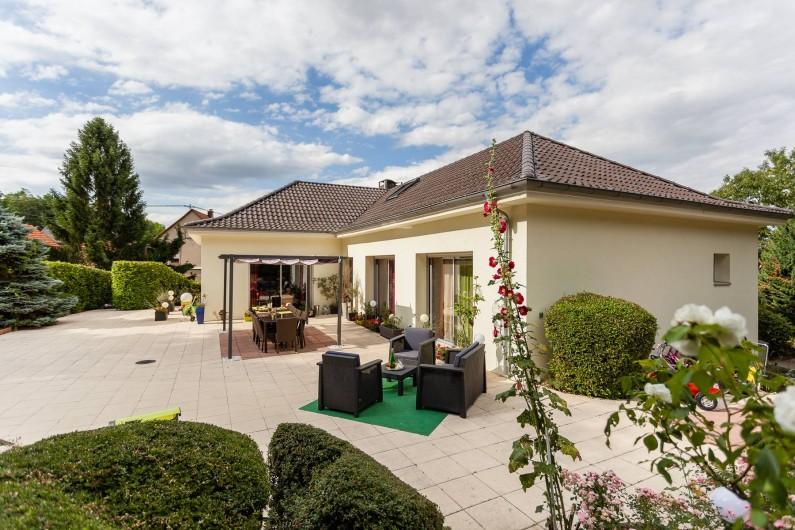 Location de vacances - Chambre d'hôtes à Wintzenheim-Kochersberg - Maison d'hôtes La Rose Trémière
