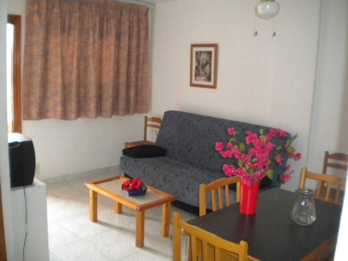 Location de vacances - Appartement à Puerto de Mazarrón - salon television