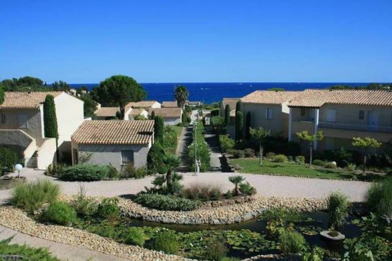 Location de vacances - Appartement à Saint-Aygulf - Vue de la terrasse