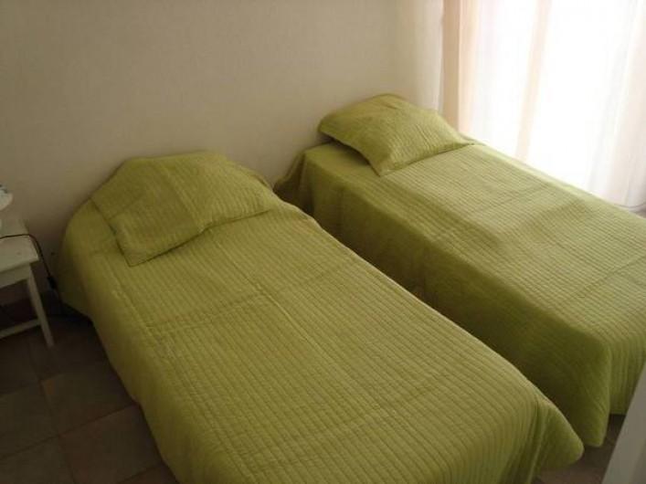 Location de vacances - Appartement à Saint-Aygulf - Chambre 2