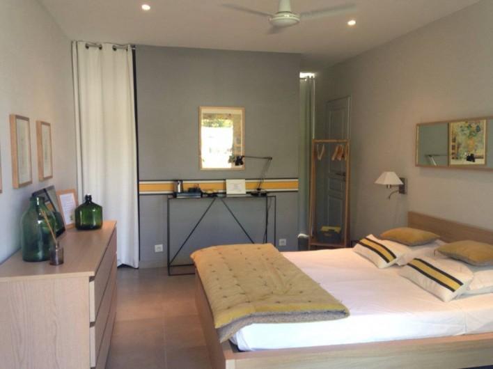 Location de vacances - Chambre d'hôtes à Mercuer - Chambre Lilas