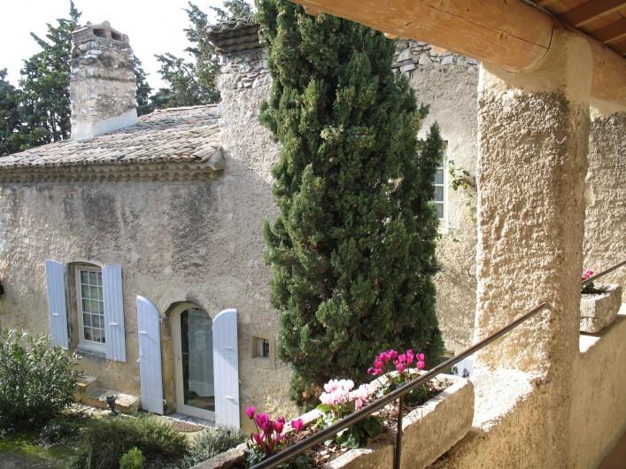 Location de vacances - Chambre d'hôtes à Marsanne - la coursive