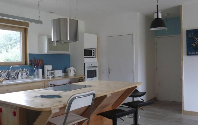 Location de vacances - Appartement à Ploufragan - CUISINE DU GITE 80M2 : LE HANGAR