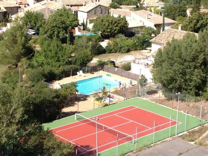 Location de vacances - Mas à Veaux - Piscine et tennis