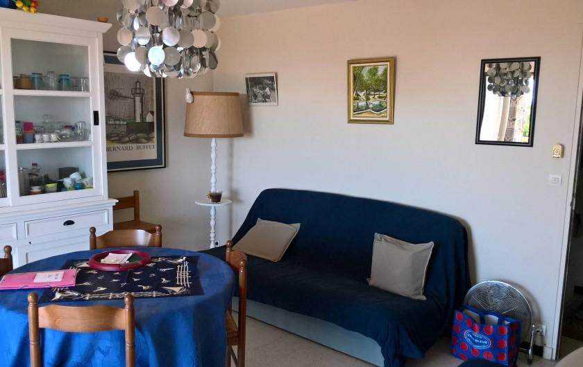 Location de vacances - Appartement à Le Grau-du-Roi - Séjour avec 2ème Clic-Clac