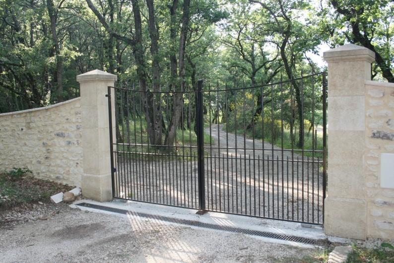 Location de vacances - Mas à Chantemerle-lès-Grignan - portail